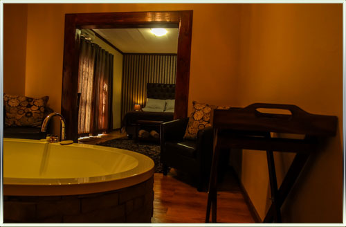 All rooms with en-suite bathrooms @ 7A Jameson B&B, Bed & Breakfast / Guest house in Kimberley